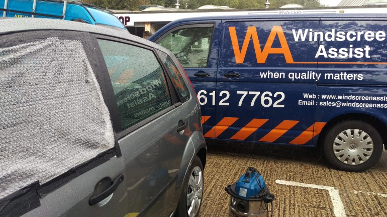 how to get a spotless windscreen